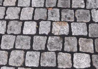 gebrauchter grauer granit Kleinpflaster verlegt
